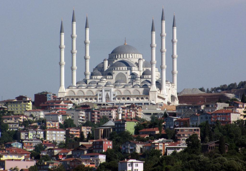 Masjid Camlica, Istanbul, Turki