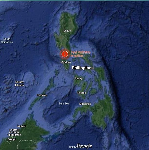Gunung Berapi Taal di Pulau Luzon